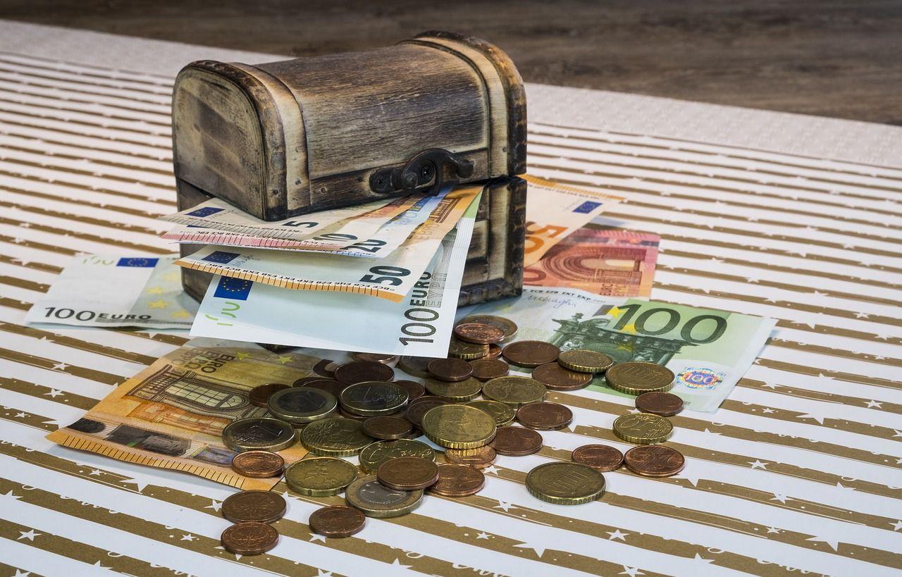 Btcon uždarbio schema, Kaip Uždirbti Pinigus Internetu, Patikima pinigų schema