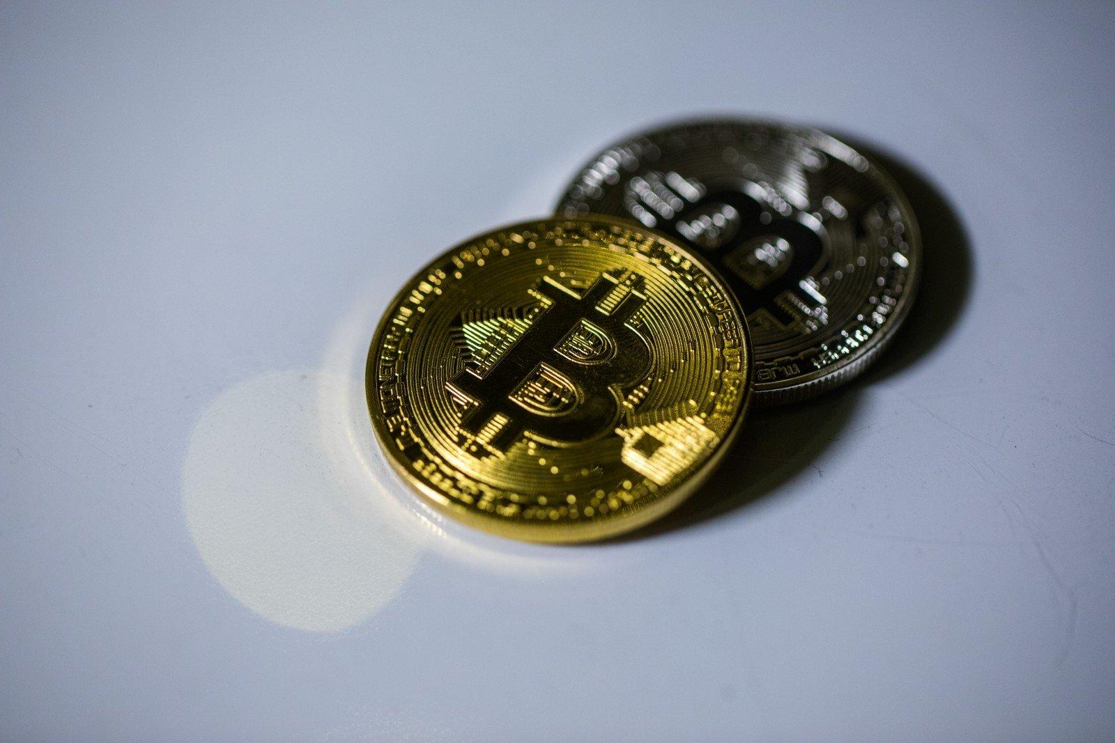 kaip tinkamai investuoti pinigus į internetą