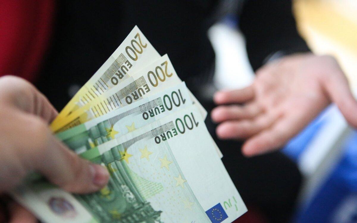 Kaip užsidirbti pinigų - Didelius pinigus galima lengvai uždirbti