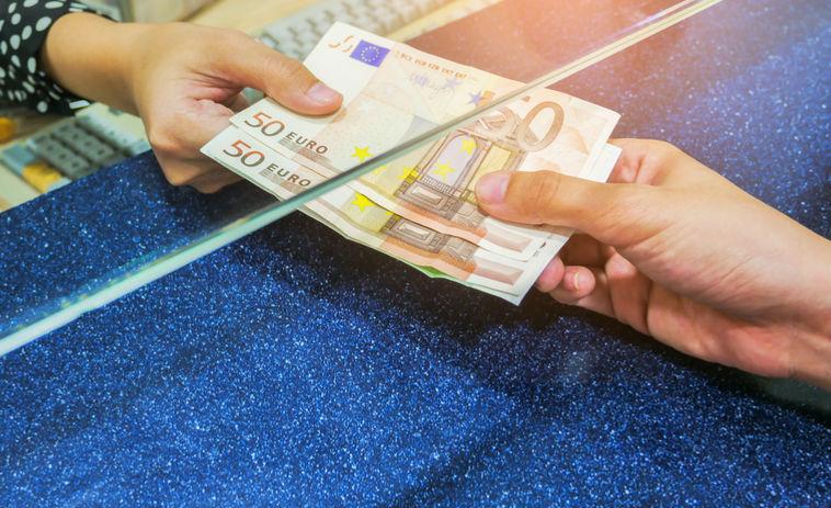 indėliai ir investicijos į internetą kaip suprasti dvejetainį variantą