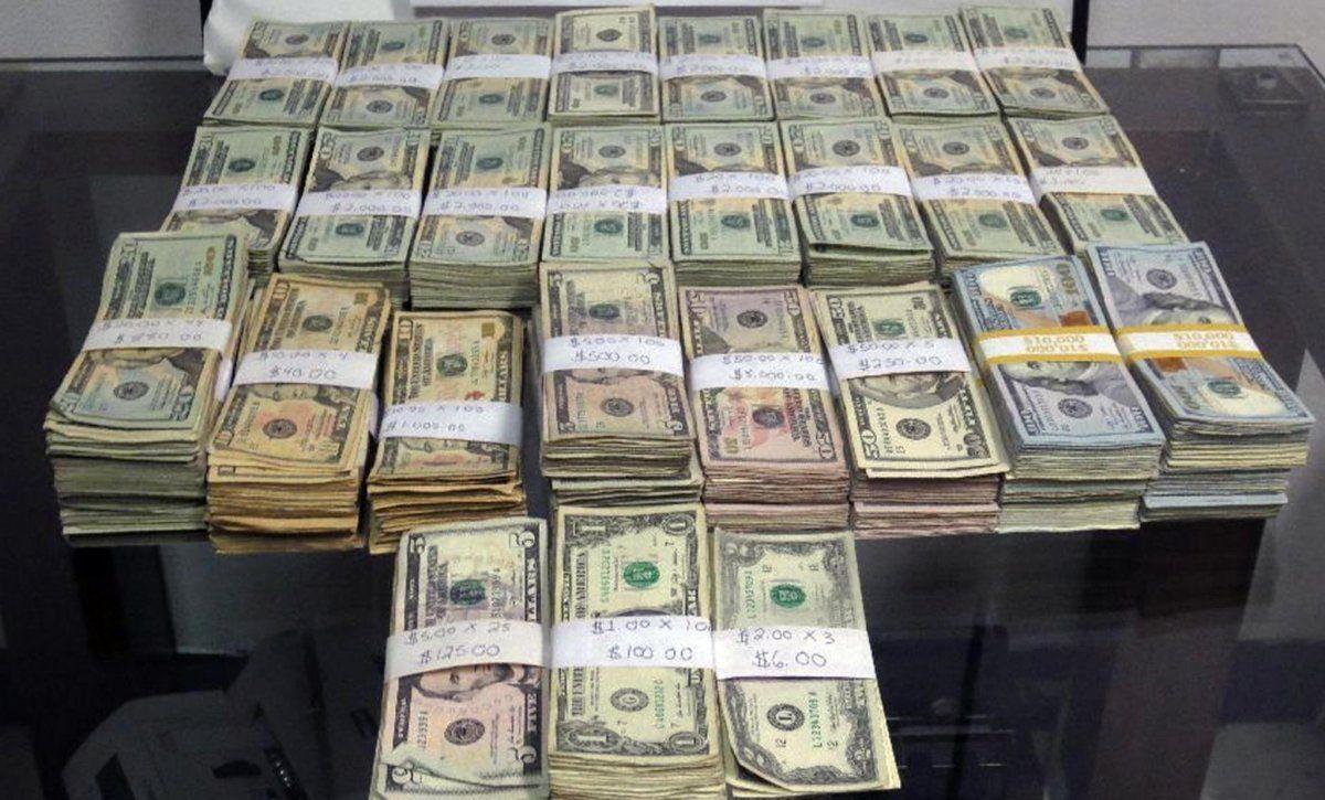 uždirbti dideles pinigų sumas per trumpą laiką
